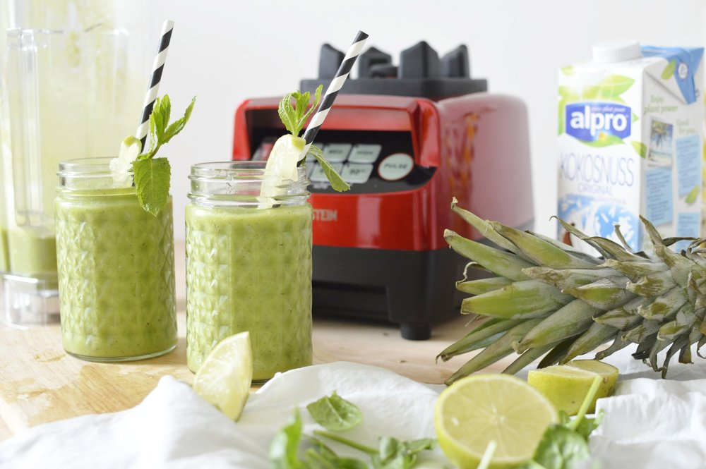 Green-Smoothie-Klarstein-Mixer-Tropical-Rezept-Gesund-frisch-lecker