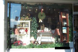 window_display_xmas_2003.jpg