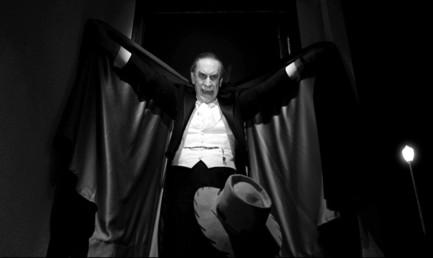 Martin Landau won the Best Supporting Actor Oscar for his brilliant turn as horror legend Bela Lugosi in Ed Wood (1994, Burton).