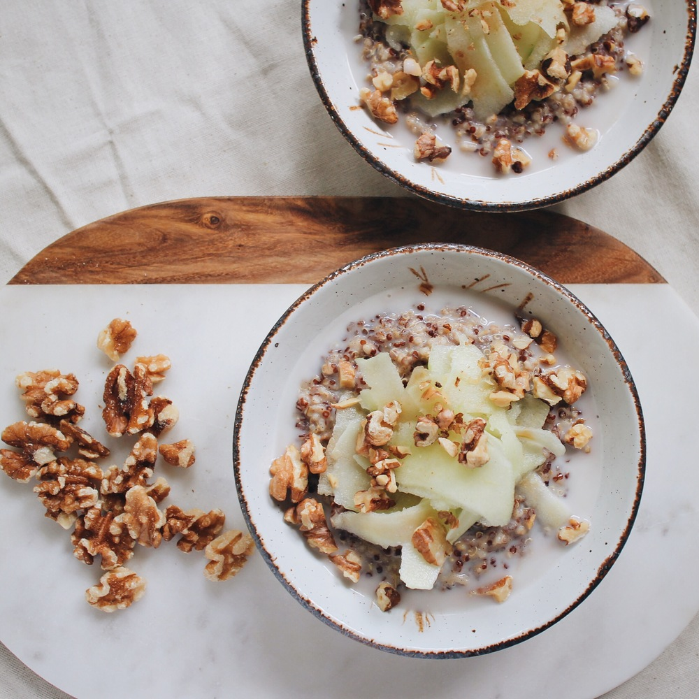 Quinoatmeal with Apples and Toasted Walnuts