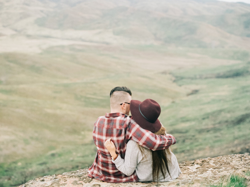 table rock engagement photography-6.jpg