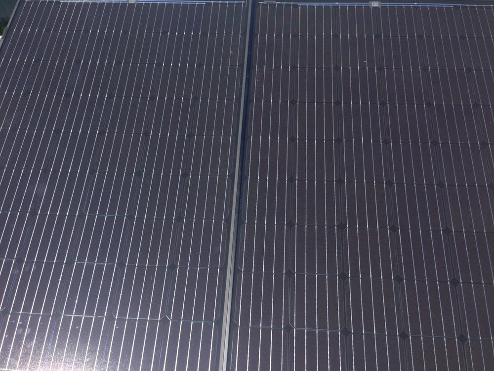tiny-house-solar-panel-installation-earth-day