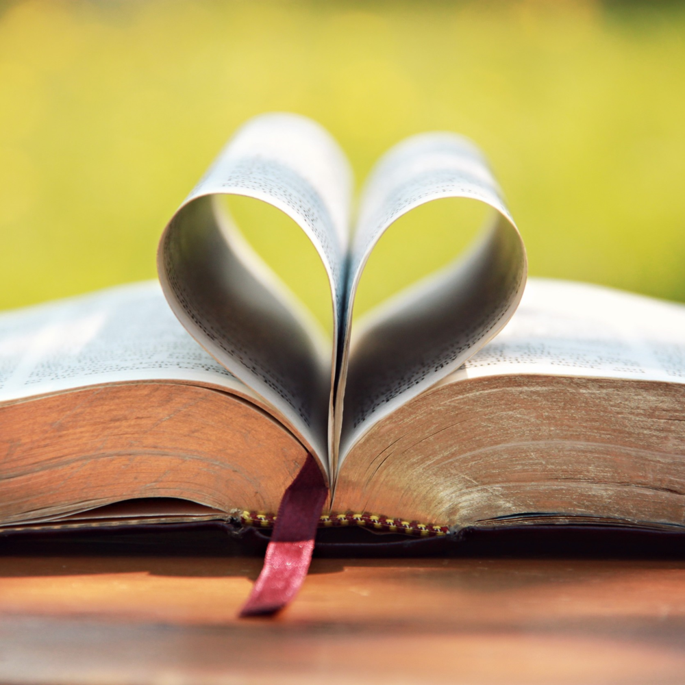 bible-love-religious-stock-photos.jpg