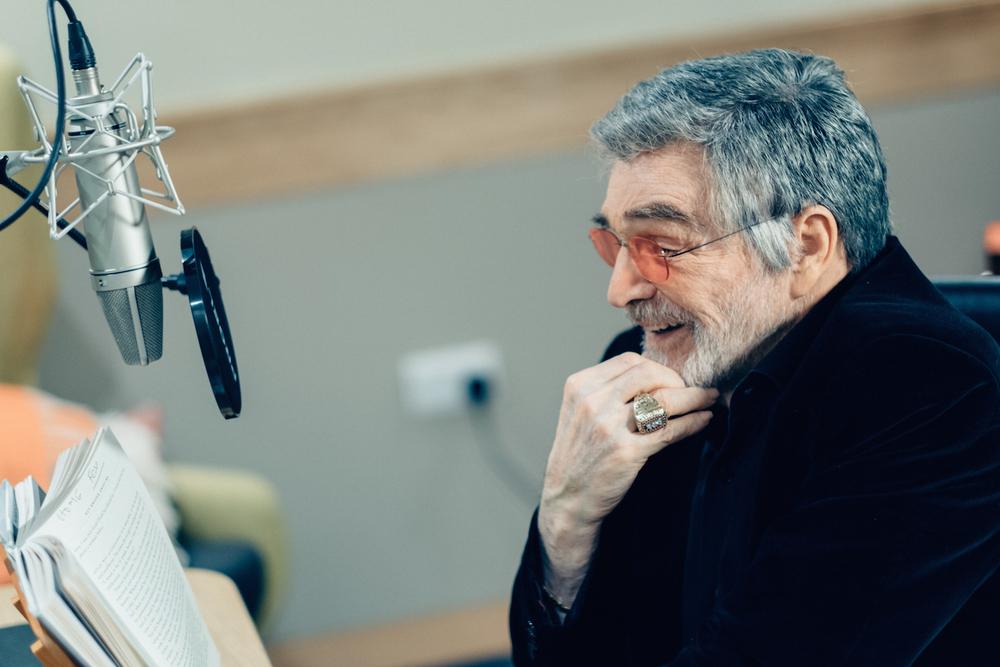 Burt Reynolds at Audible studios.