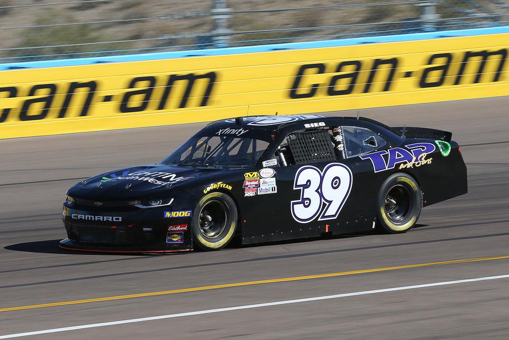 Ticket Galaxy 200  Phoenix Raceway  Saturday, Nov 10   Photo Gallery