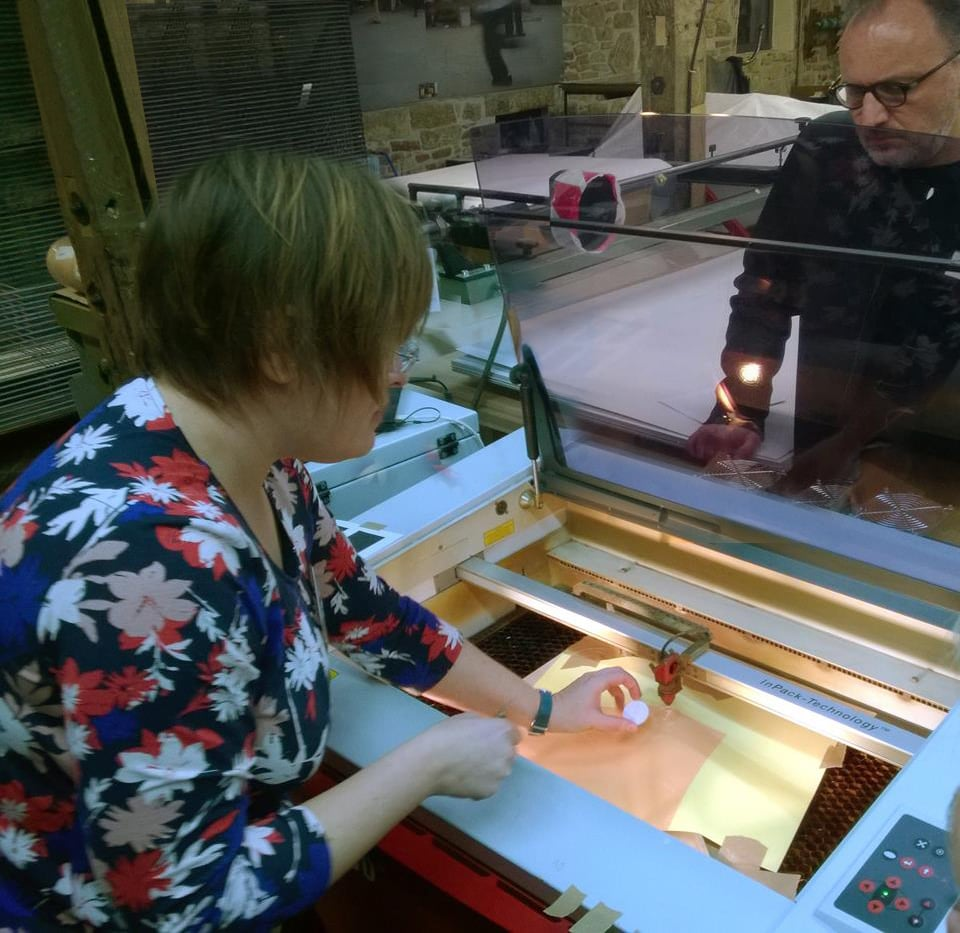 Demonstrating laser engraving techniques at International Printmaking Symposium SNAP, Rheine, Germany, 2015.  Photo: Tracy Hill