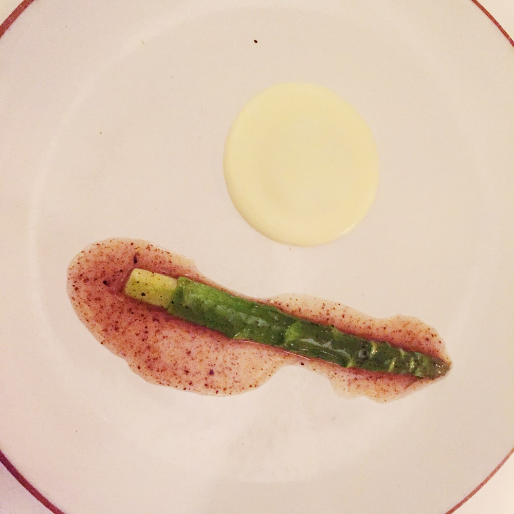 Asparagus braised with potato and black truffle