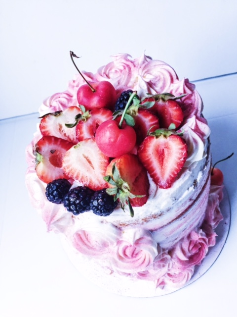 A yummy summer cake- perfect for a festive birthday celebration!