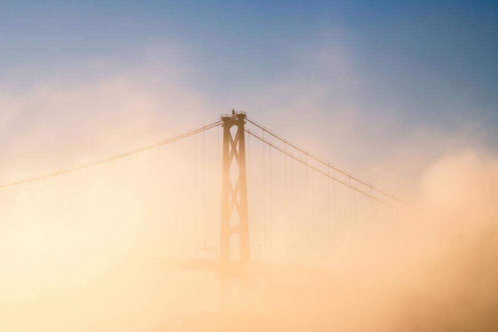 Lions-Gate-Detail-Fog.jpg