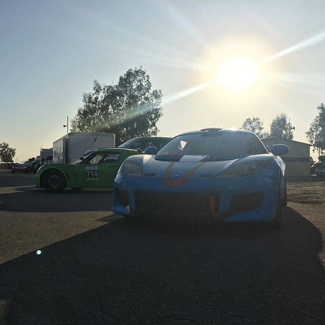 Paddock life Part 2. Early morning here at #buttonwillowraceway #lotuscars #lotuscup #lotuscupusa #onyokohamas #motul