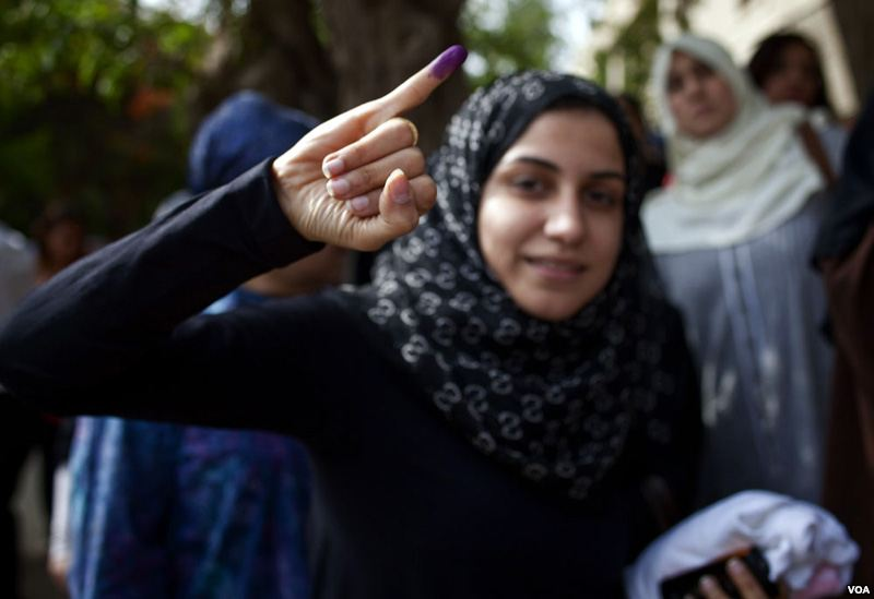 VOA_Egypt_2012_election1.jpg