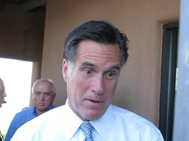 800px-Mitt_Romney_Steve_Pearce_event_056.jpg
