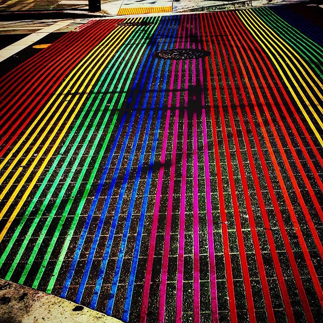Once the region of Mexican land barons, and European homesteaders - dirts roads are today awash with color befitting the diverse, vibrant neighborhood it is today. As the sun sets - 🍻💥#lgbt #art #streetart #sf #castro
