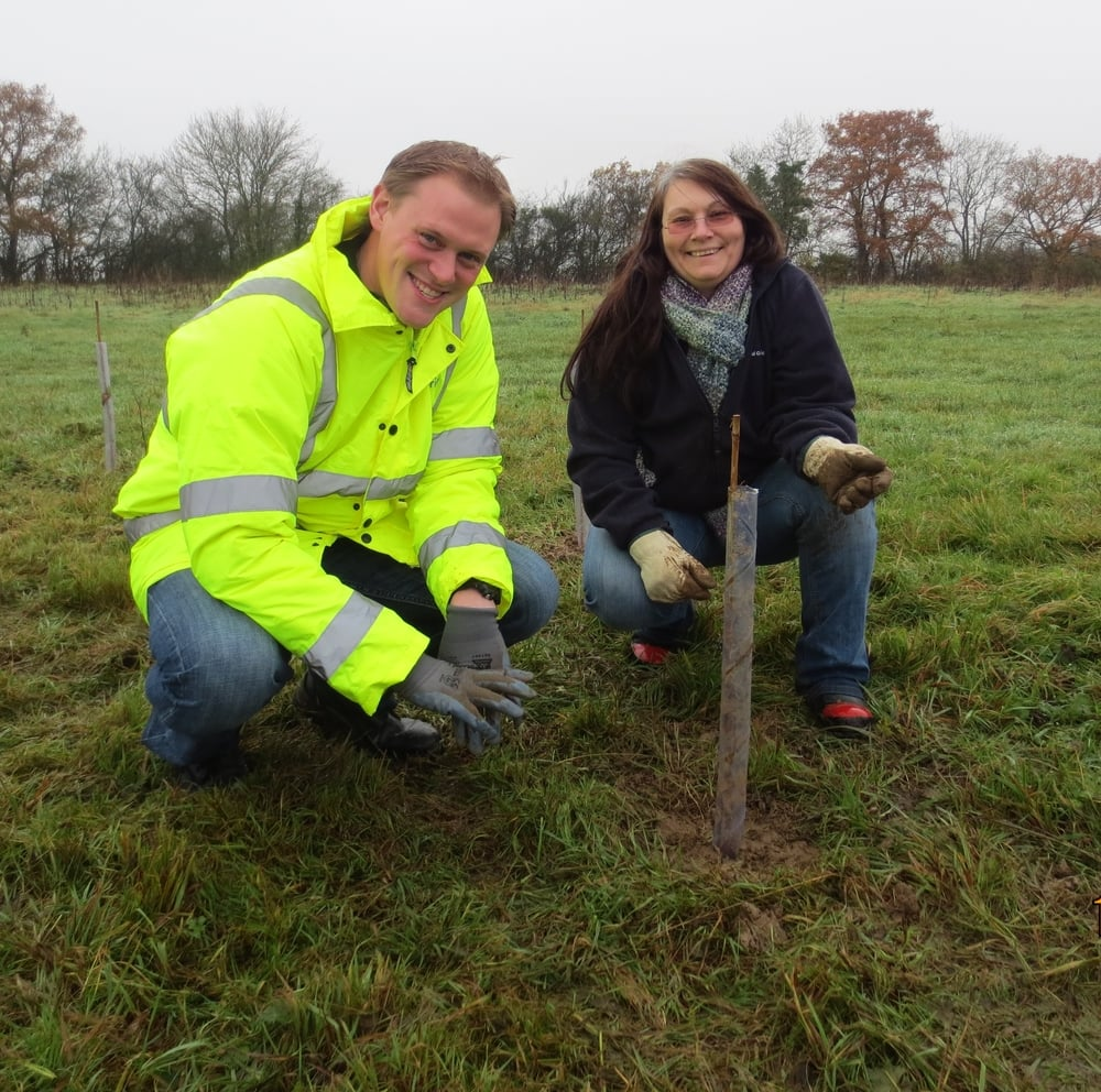 Tree planting National Grid 3.jpg