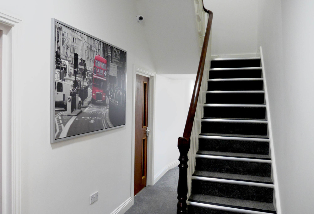 Rosalee - Entrance 02 - 01.jpg