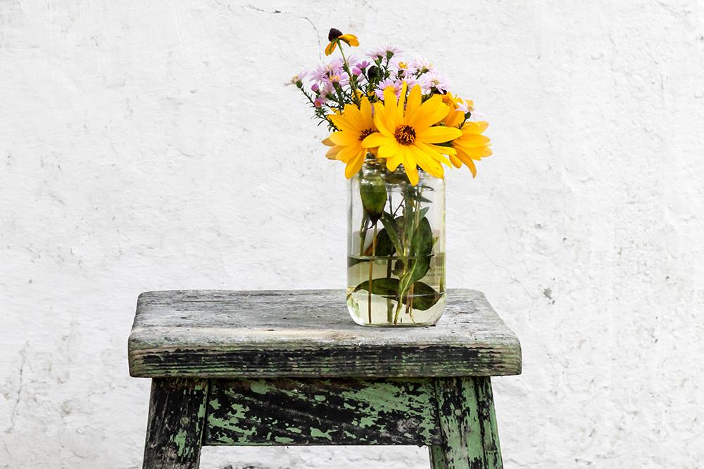 sending flowers hospitality.jpg