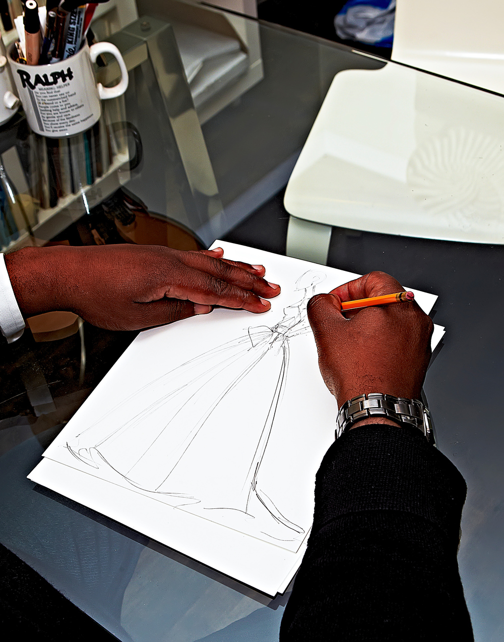 Jean-Ralph Thurin sketching wedding dress