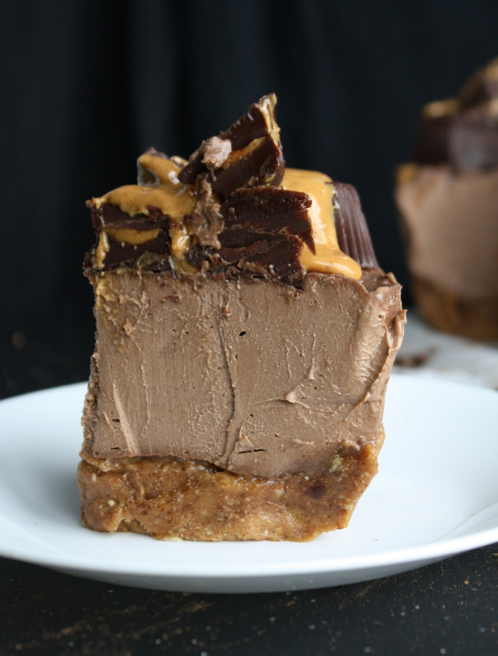 raw vegan chocolate peanut butter cheesecake create n plate. Black Bedroom Furniture Sets. Home Design Ideas