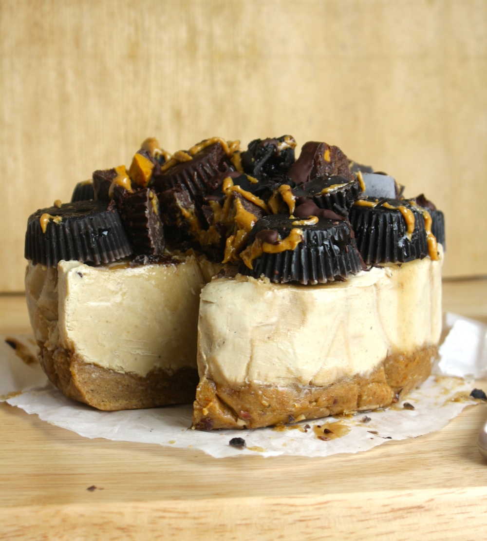 Peanut Butter Banana Chocolate Cheesecake Vegan