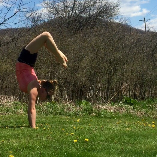 Create N Plate Yoga