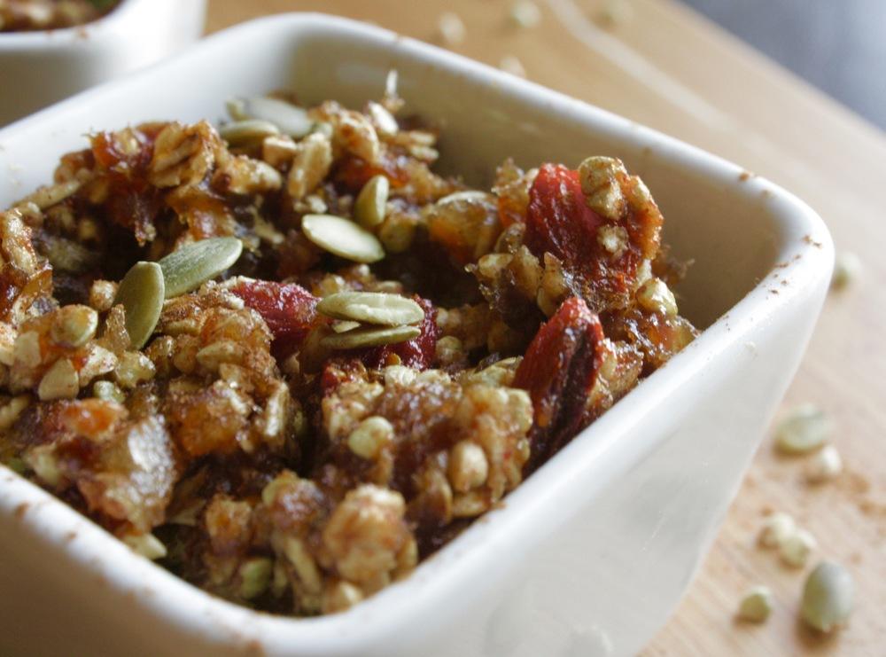 Goji Berry Buckwheat Bake Vegan