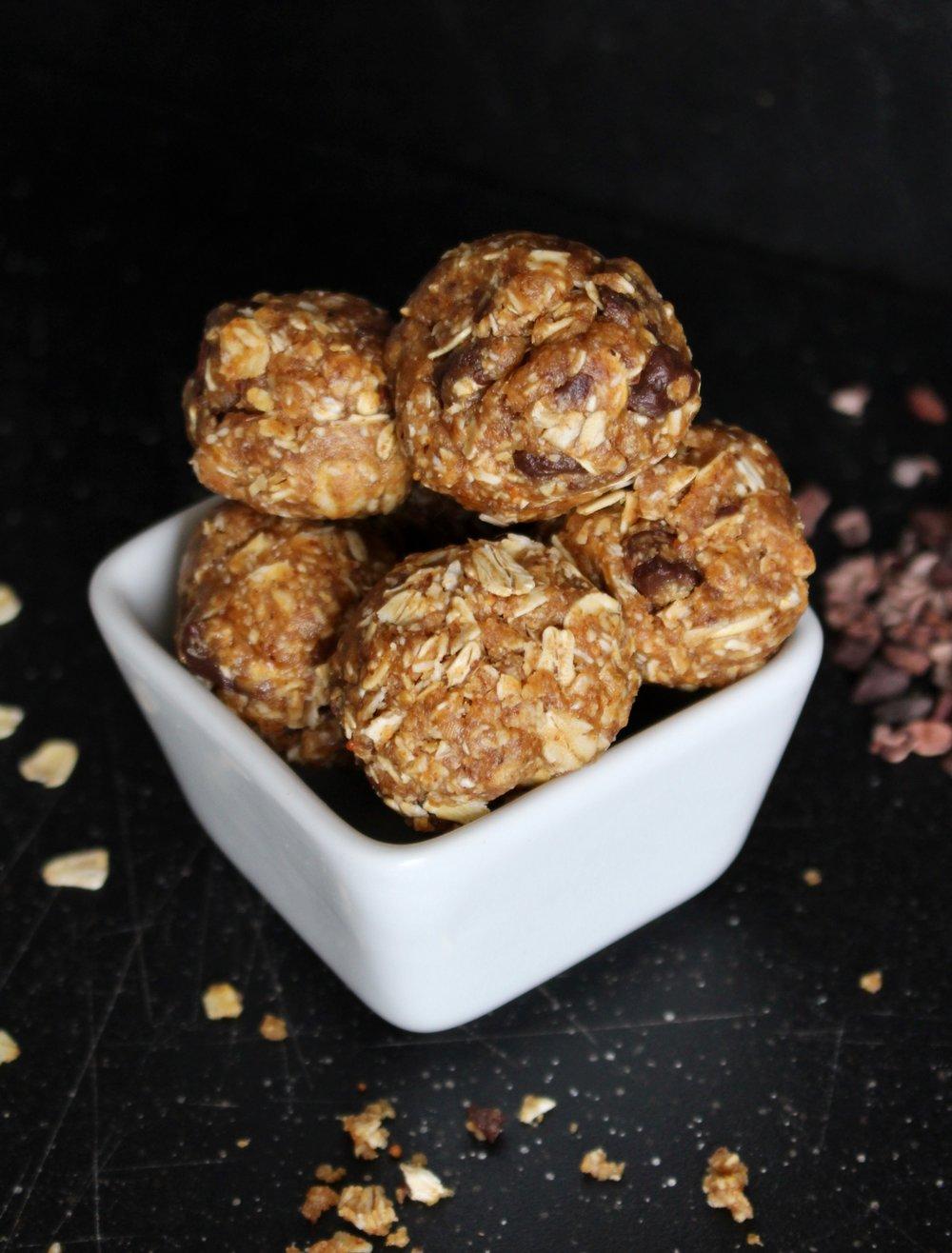 Oatmeal Peanut Butter Bites.jpg
