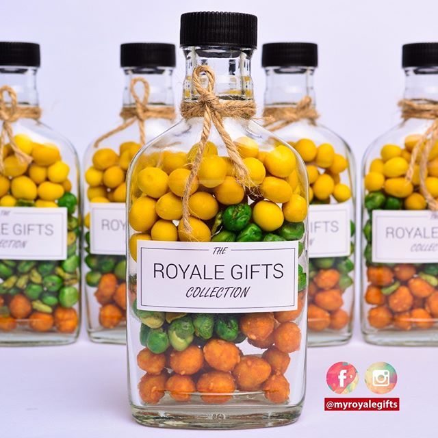 Our bestseller! Rustic. Double tap to like! . RM2.40 per bottle, custom sticker . WhatsApp kami di +6014.9646.007 atau DM utk order. Jgn lupa LIKE post ni ya dan share post okay 👌 . More Info & Testimonials : http://www.royalegifts.com/testimonials
