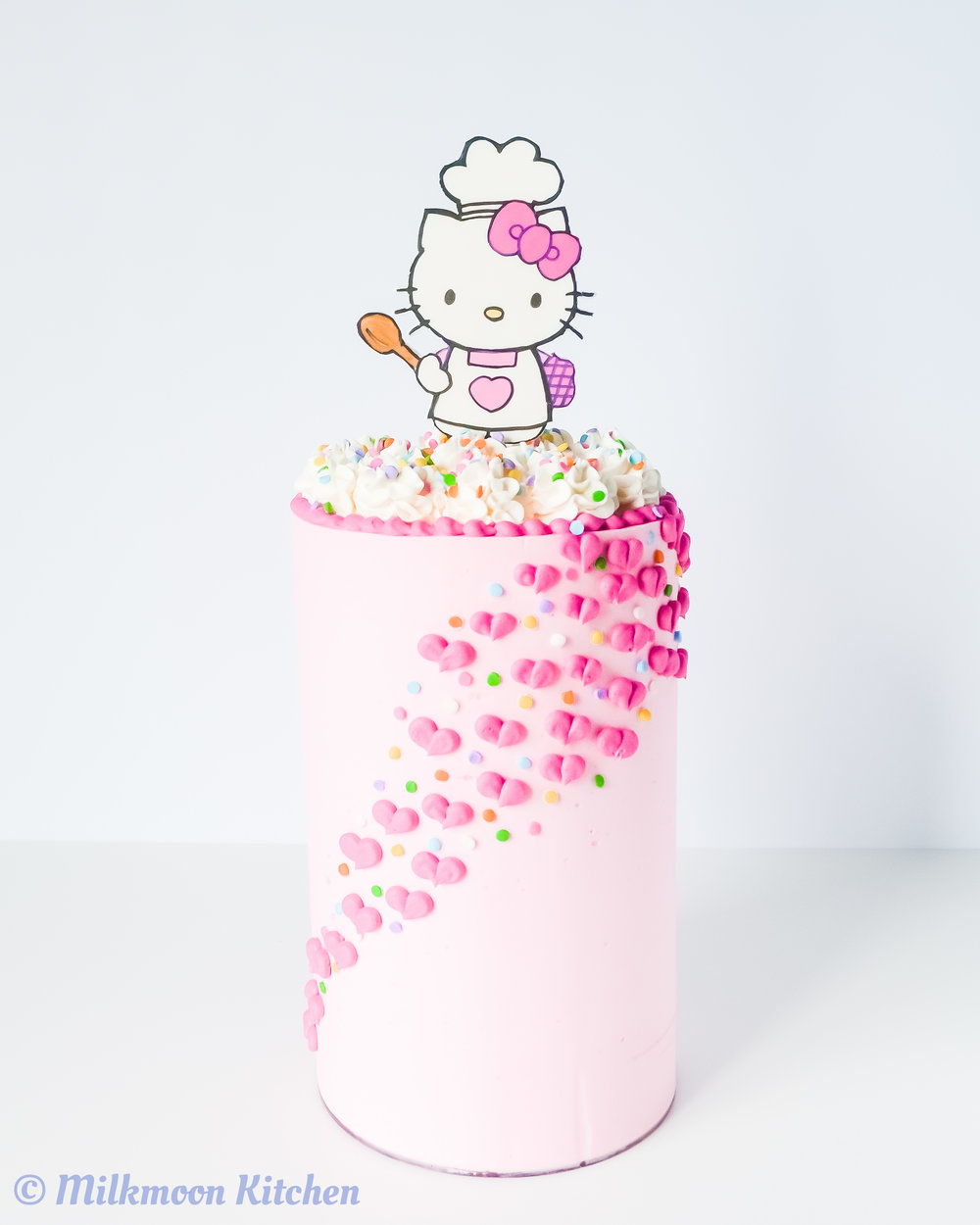 Hello Kitty Cake by Milkmoon Kitchen