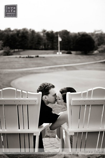 Columbia Country Club Wedding Kiss