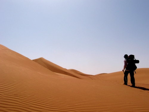 wahiba-sands-desert-walk-2.jpg