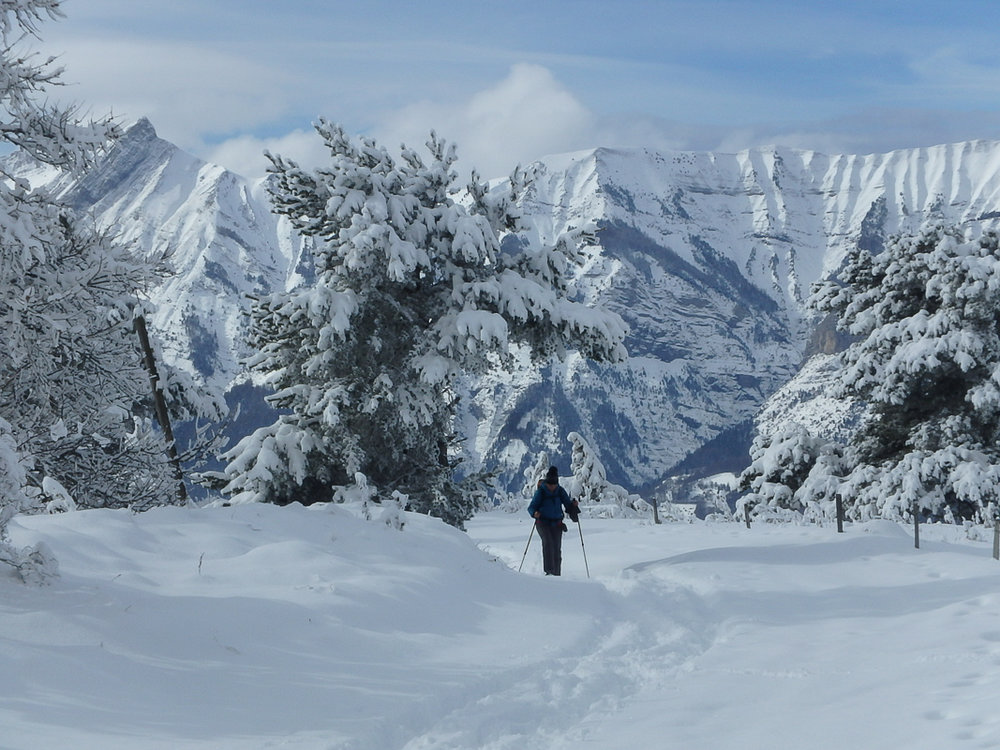 snowshoeing lac barbeyroux  in the alps (1 of 1)-2.jpg