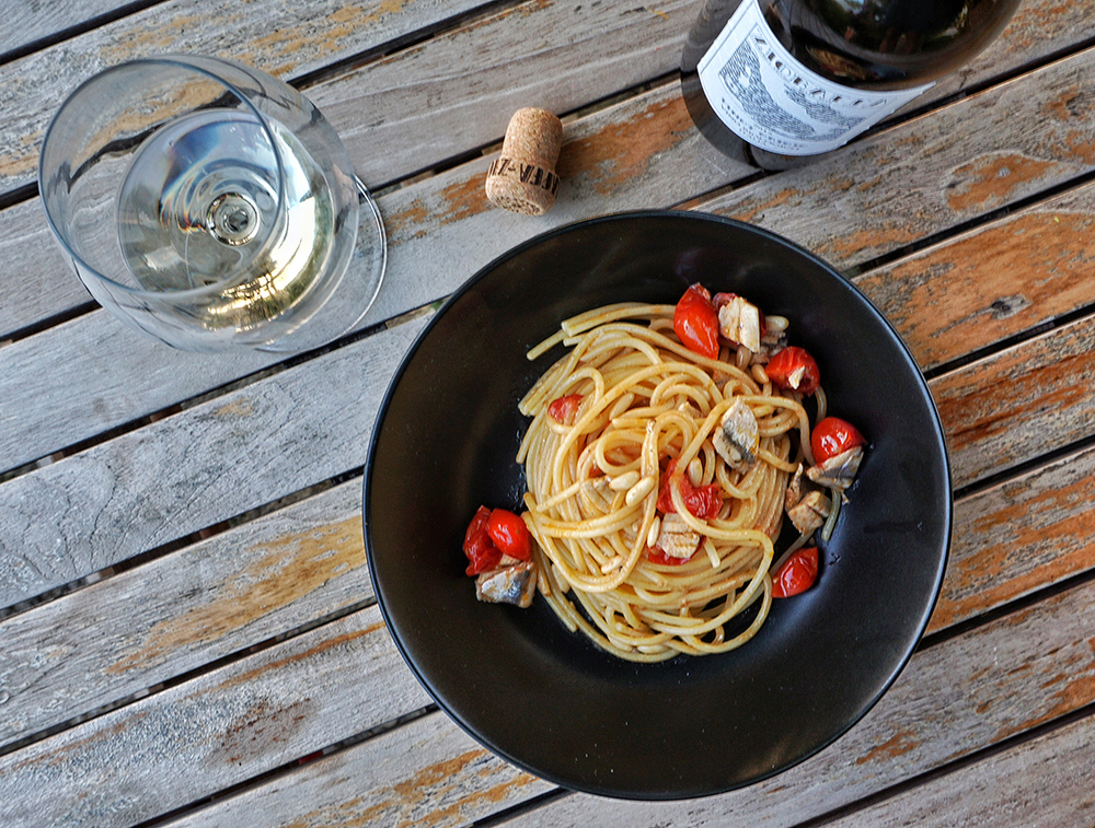 ZIOBAFFA Recipes organic wine handmade in Italy Francesco Cetorelli Spaghetti fresh anchovies
