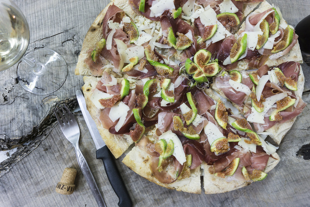 ZIOBAFFA recipes-Pizza Crudo Pecorino e Fichi-Chef Marco Masini-#LIVELIFEBEAUTIFULLY