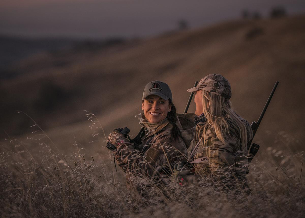 Women+of+weatherby_crop.jpg