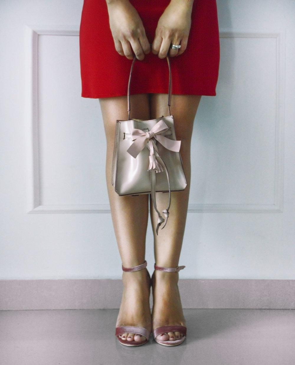 Julie Rose vestido rojo frente.jpg