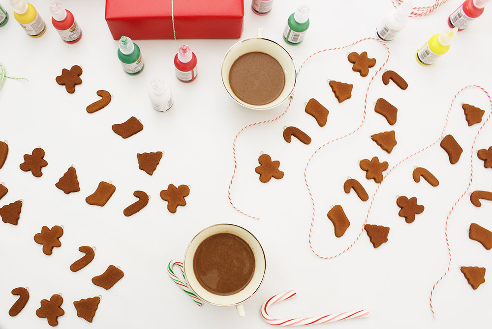Mini Gingerbread Cookie Garland + Decorating Party before decorating