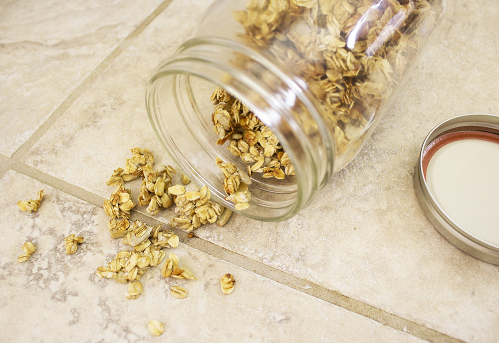 Vegan Crunchy Banana Granola Recipe