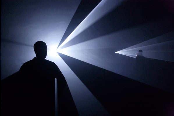 Anthony McCall Sperpentine Gallery