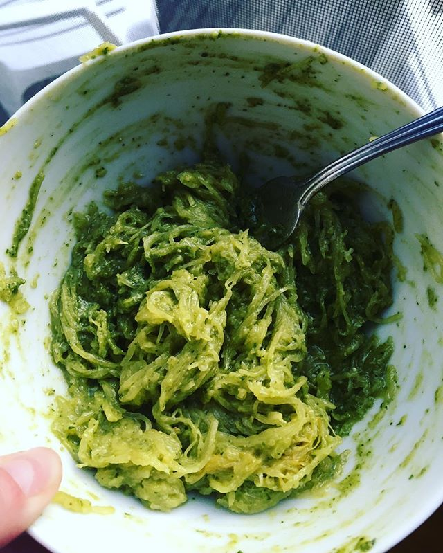 What are you having for dinner? Pictured is spaghetti squash with homemade pesto mmmmmm  #sunday #whatsfordinner #whatsonmyplate #bbg #healthy #dinnertime #dinnertonight #dinner #nom #fit #fitspo #blog #blogger