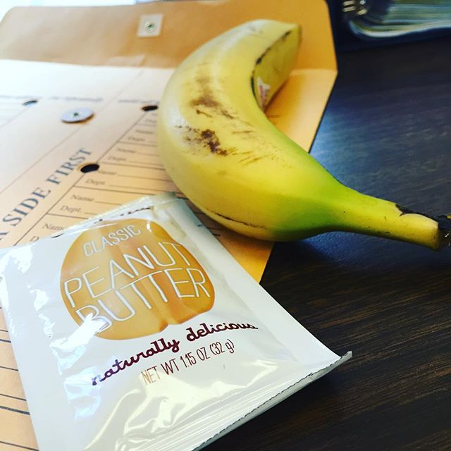 Yum snacks! Banana and peanut butter for the win! It's afternoon slump time for sure, and it can be so hard to keep your blood sugar up and your mind focused as the day progresses. Thanks @justins for making Tuesday just a little bit easier.  What are you munching on this afternoon?  #peanutbutter #banana #slump #snack #flexroutine #nom #fitnessblogger #nofilterneeded #eatright #work