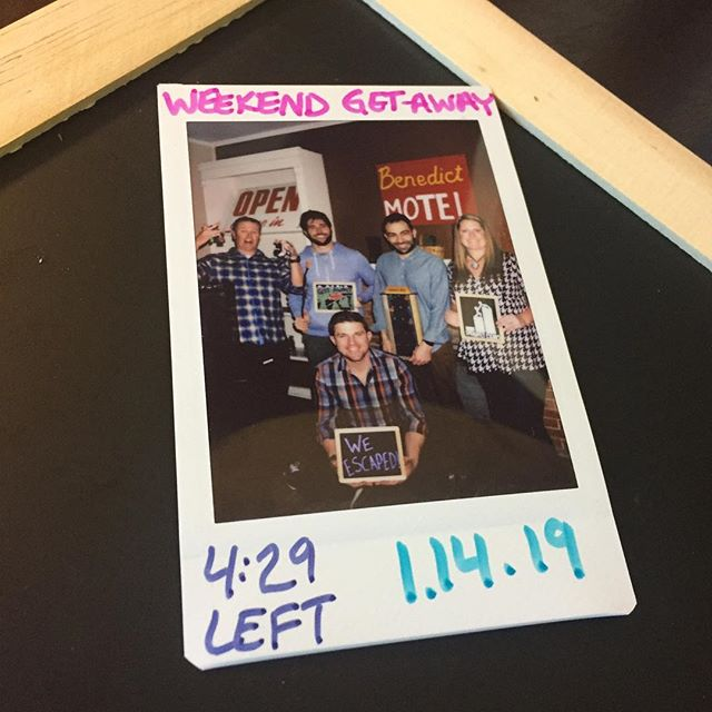 This team had an early checkout as they escaped the Benedict Motel! With four and a half minutes remaining on the clock, this crew used great teamwork to get out with their freedom! #sprightlyescapes #denver #escaperoom