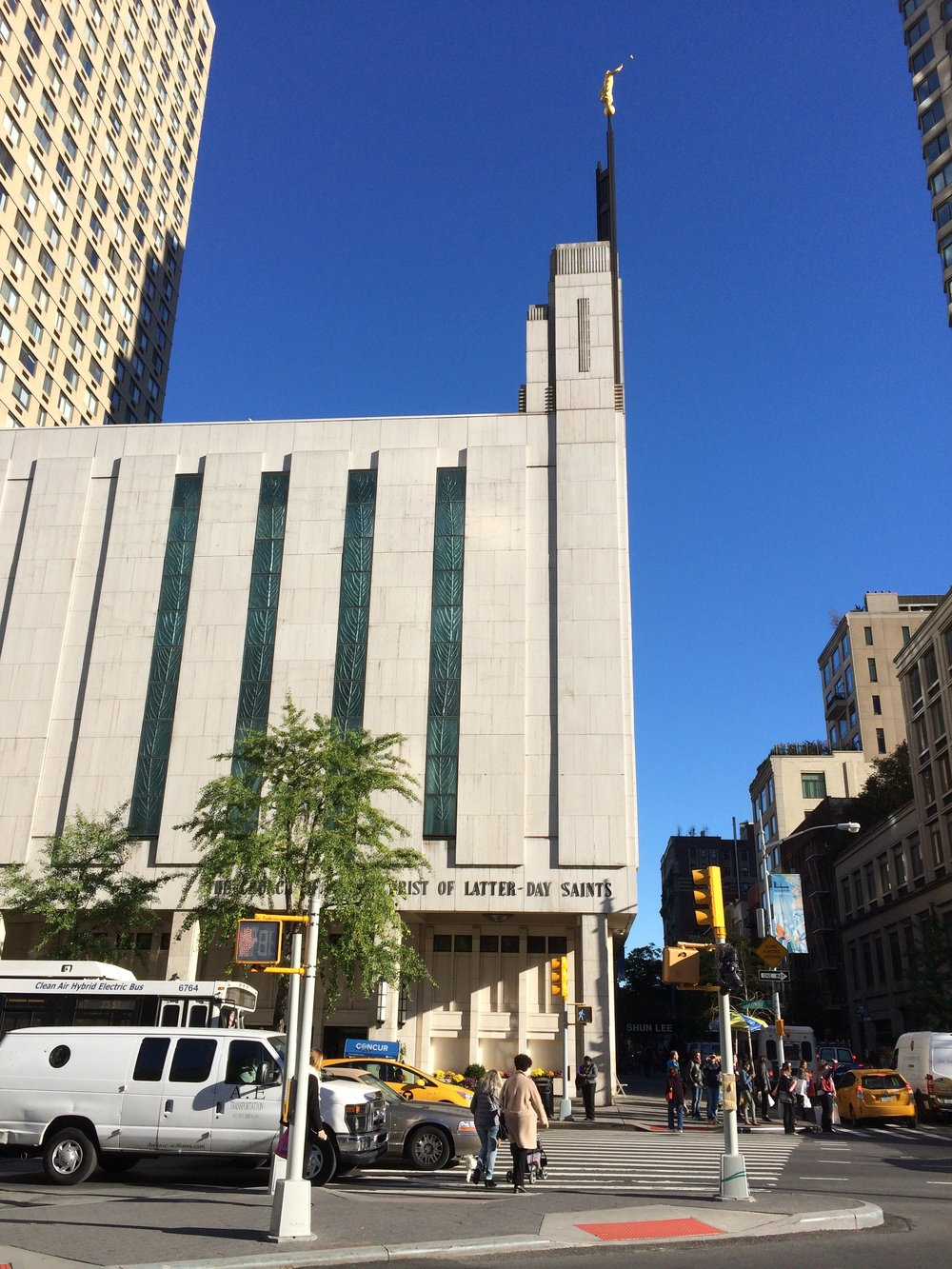 21. Manhattan LDS Temple