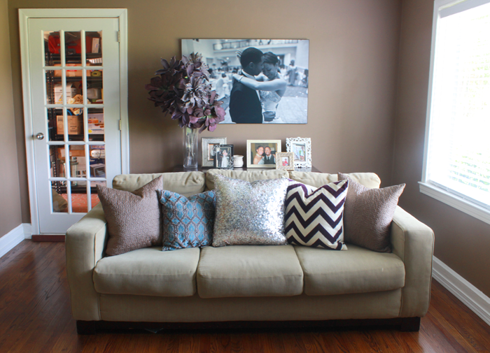 5 Ways To Style A Couch