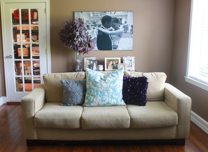 5 Ways To Style Your Couch