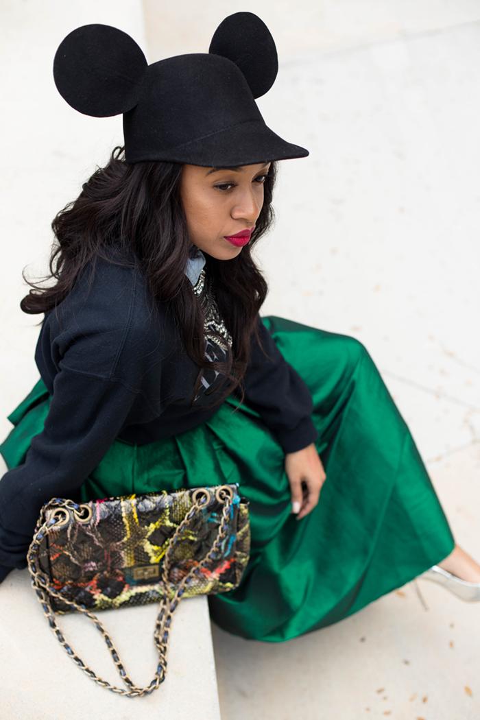 Graphic Sweatshirt + Midi Skirt | Mattieologie