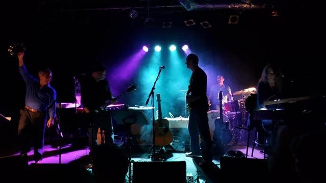 GMiV-Moody Blues-Barry-04.jpg