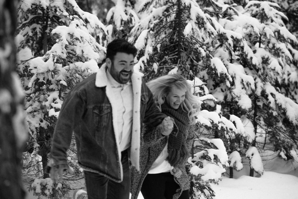 George and Alyssa Sequoias Engagment-14.jpg