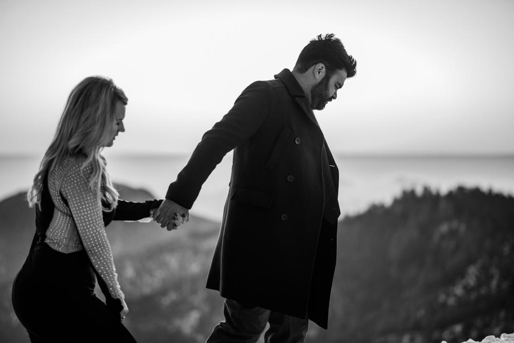 George and Alyssa Sequoias Engagment-44.jpg