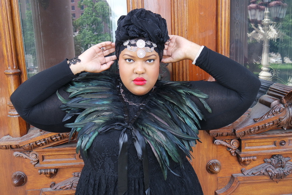 Plus-Size-Detroit-Fashion-Blogger-style