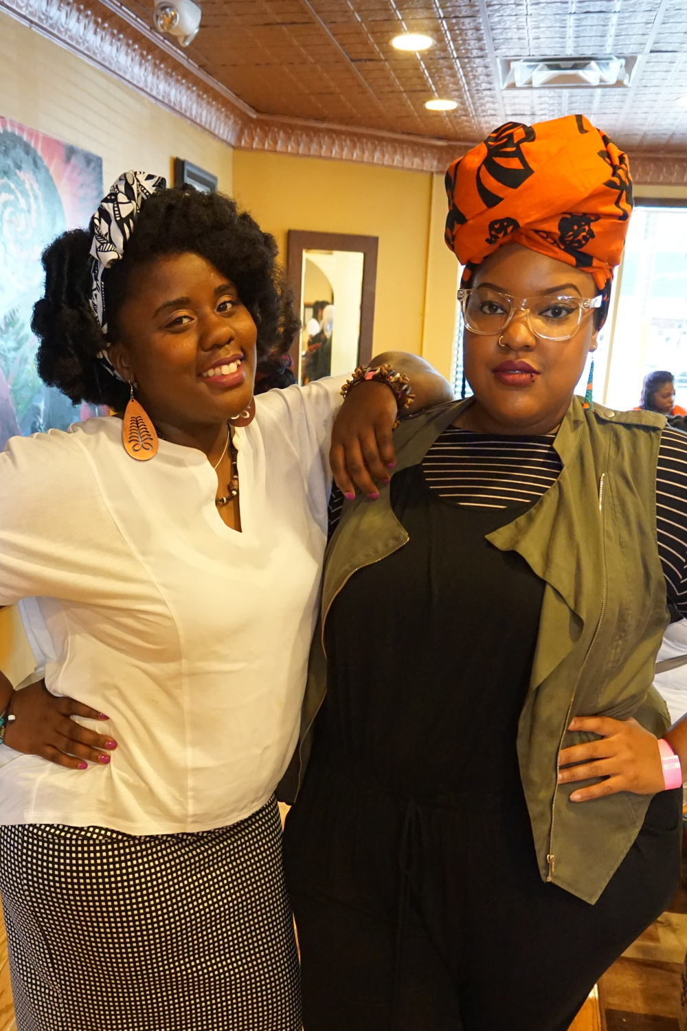 Posing with Naturalista/Blogger:  Naturally Act